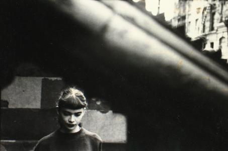 05__press_image_l_saul_leiter__daughter_of_milton_abery_1950er_56420f09181a2